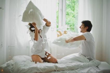 sniadanie_do_lozka_romantyczna_sesja_zdjeciowa_TiAmoFoto-081 (Kopiowanie)