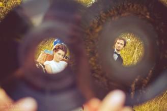 sesja_slubna_na_motocyklu_w_lesie_Poznan_fotograf_TiAmoFoto (44)