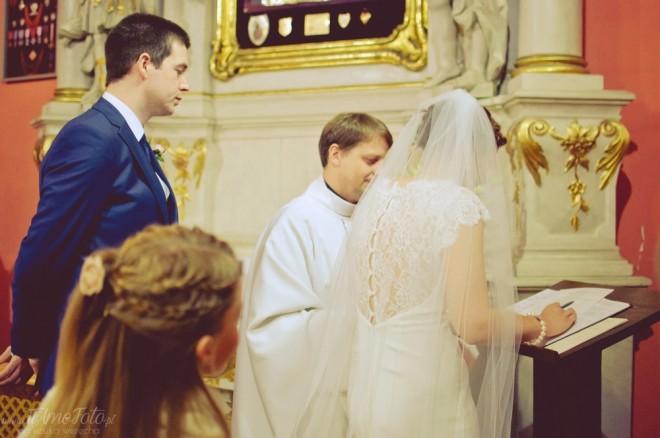 slub_polsko_irlandzki_palac_tarce_polish_irish_wedding_fotograf_slubny_Poznan_TiAmoFoto (56)