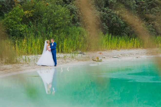 sesja-slubna-jezioro-lazurowe-turkusowe-konin-fotograf-Poznan-TiAmoFoto (27)