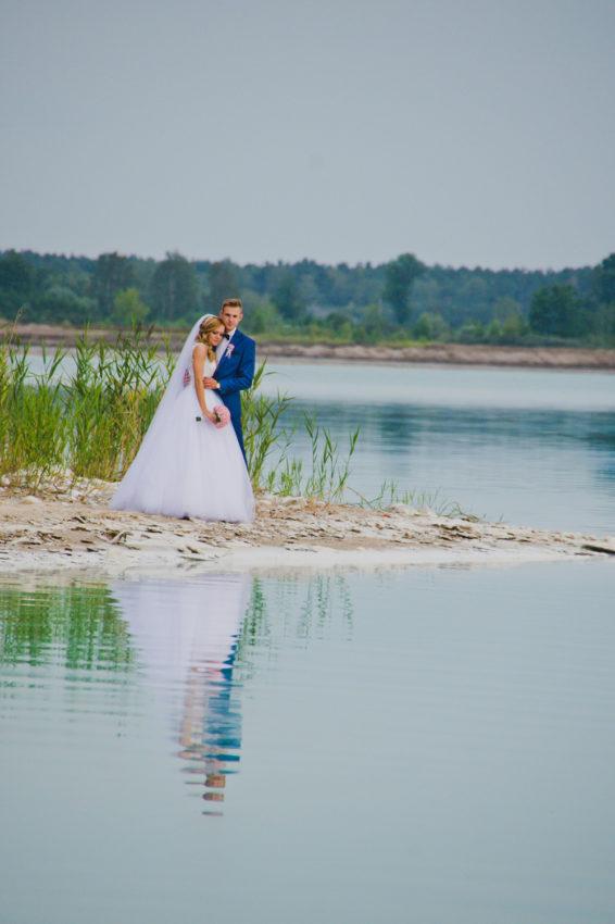 sesja-slubna-jezioro-lazurowe-turkusowe-konin-fotograf-Poznan-TiAmoFoto (34)