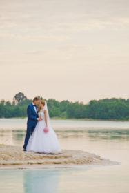 sesja-slubna-jezioro-lazurowe-turkusowe-konin-fotograf-Poznan-TiAmoFoto (41)