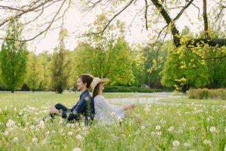 sesja-narzeczenska-w-kwiatach-cytadela-Poznan-fotograf-TiAmoFoto (25)