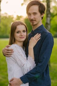 sesja-narzeczenska-w-kwiatach-cytadela-Poznan-fotograf-TiAmoFoto (45)