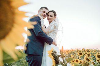 sesja-ślubna-pole-slonecznikow-TiAmoFoto (30)