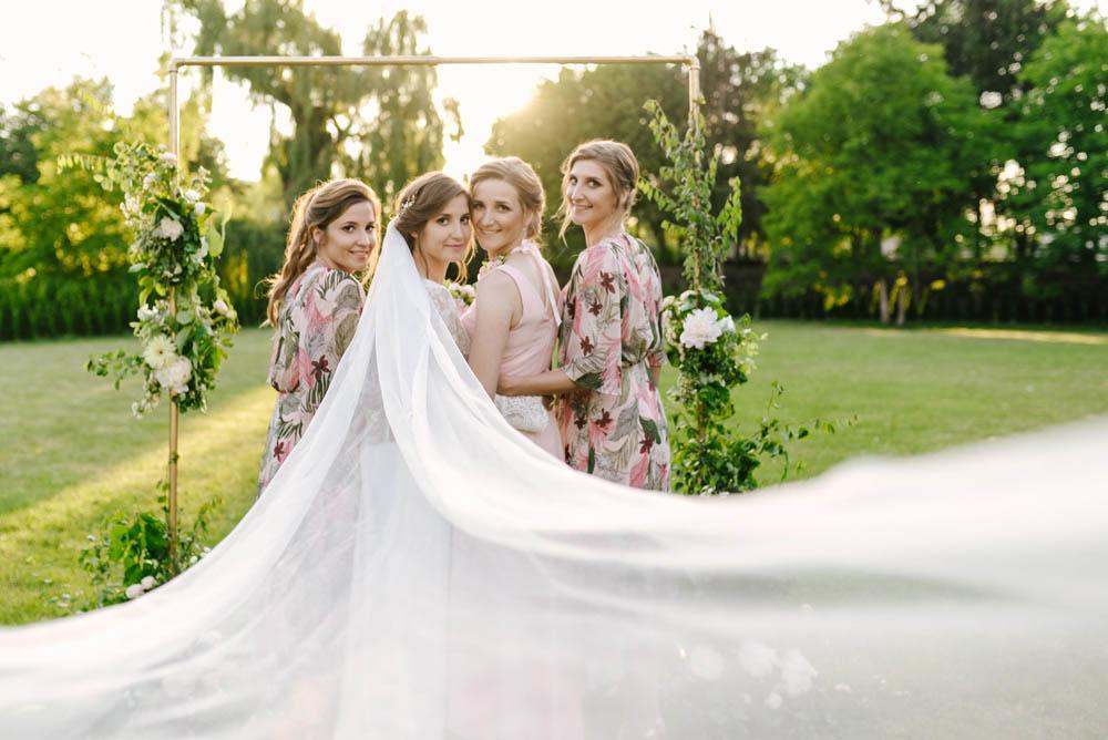ślub Września Pałac na Opieszynie fotografia ślubna druhny