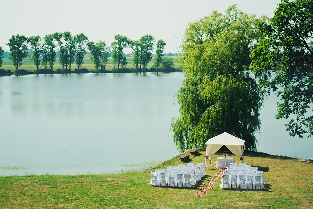 piękne miejsca na ślub plenerowy w wielkopolsce, strykowo, zamek von treskov
