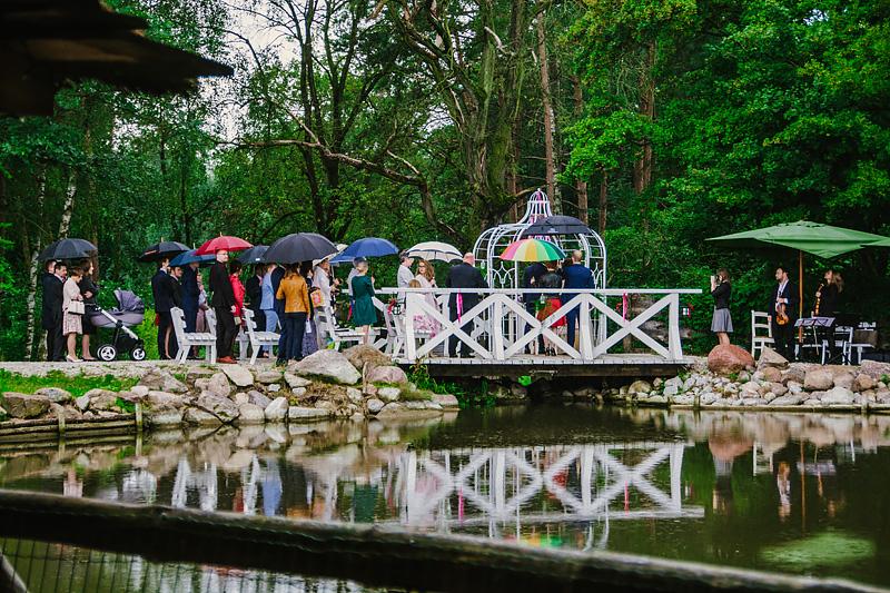 piekne miejsca na slub plenerowy skaczacy mlyn 3 - Piękne miejsca na ślub plenerowy w Wielkopolsce