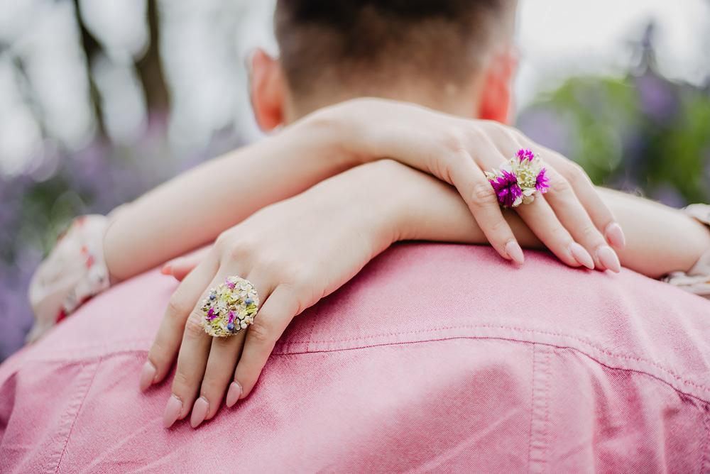 sesja narzeczenska kwiaty cytadela poznań TiAmoFoto 40 - Basia ♥ Jakub