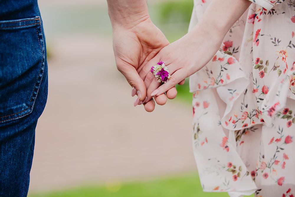 sesja narzeczenska kwiaty cytadela poznań TiAmoFoto 8 - Basia ♥ Jakub