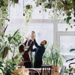 Lifestylowa sesja rodzinna w kawiarni