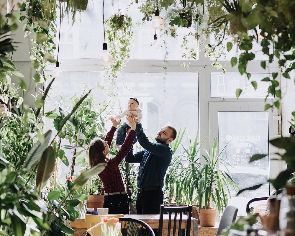 sesja rodzinna lifestyle kawiarnia Poznan TiAmoFoto 1 - Lifestylowa sesja rodzinna w kawiarni