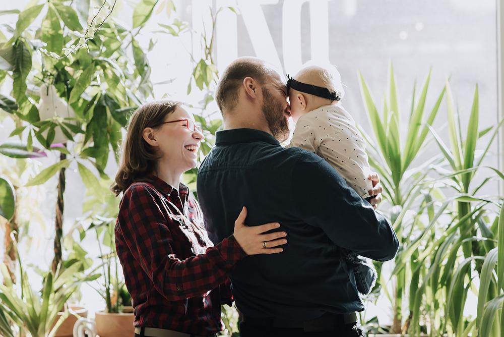 sesja rodzinna lifestyle kawiarnia Poznan TiAmoFoto 12 - Lifestylowa sesja rodzinna w kawiarni
