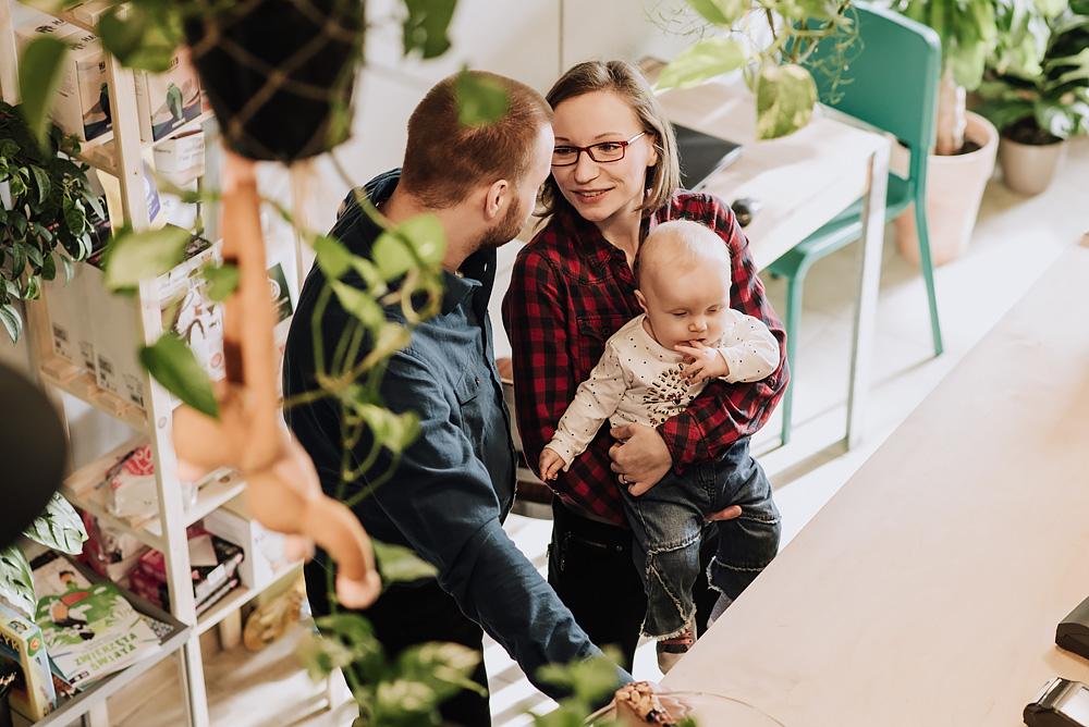 sesja rodzinna lifestyle kawiarnia Poznan TiAmoFoto 2 - Lifestylowa sesja rodzinna w kawiarni