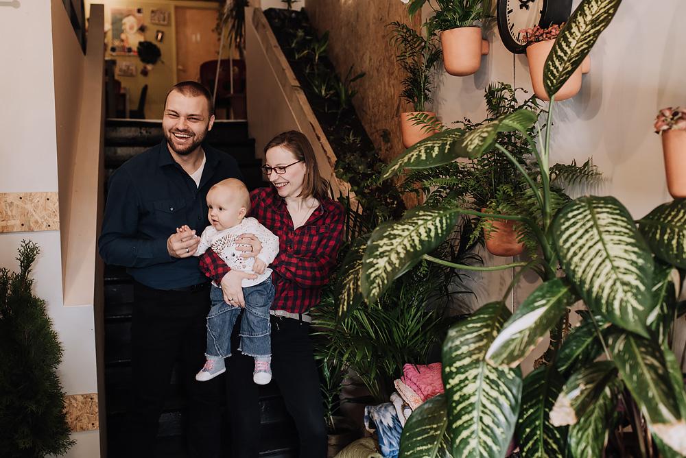 sesja rodzinna lifestyle kawiarnia Poznan TiAmoFoto 25 - Lifestylowa sesja rodzinna w kawiarni