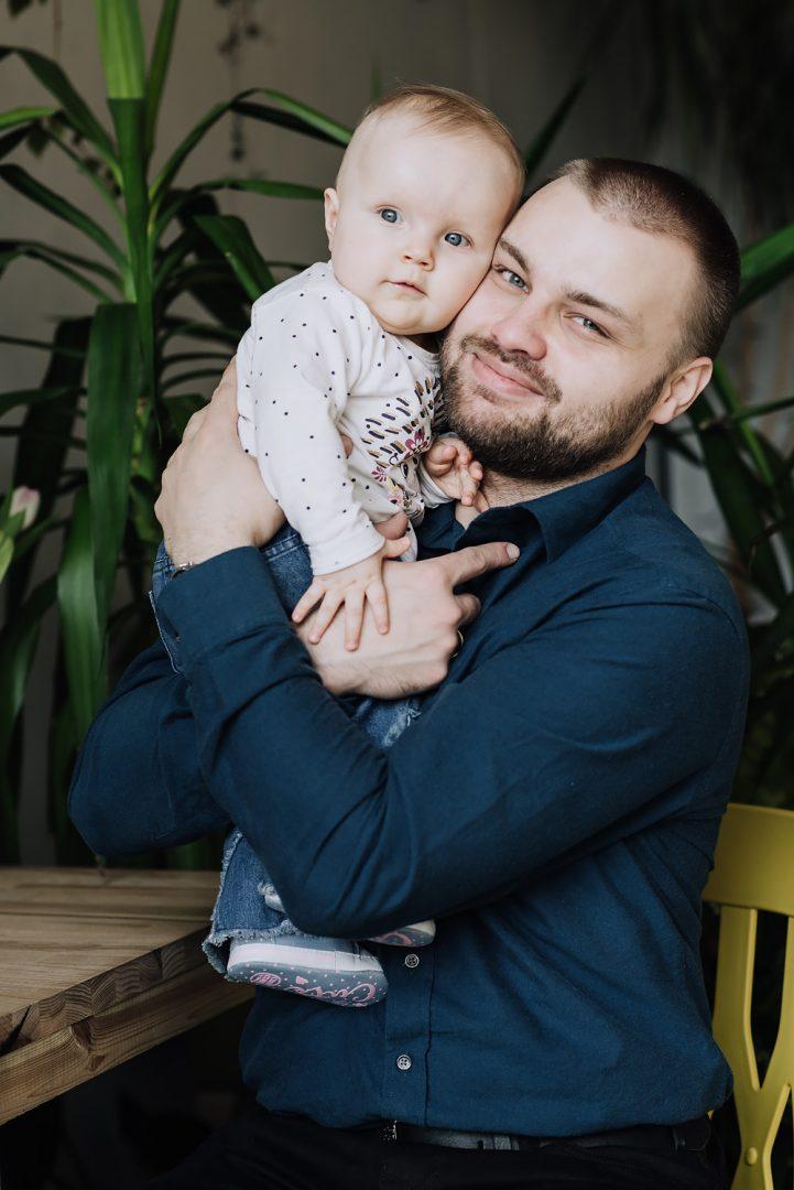 sesja rodzinna lifestyle kawiarnia Poznan TiAmoFoto 31 721x1080 - Lifestylowa sesja rodzinna w kawiarni