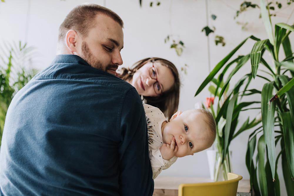 sesja rodzinna lifestyle kawiarnia Poznan TiAmoFoto 32 - Lifestylowa sesja rodzinna w kawiarni