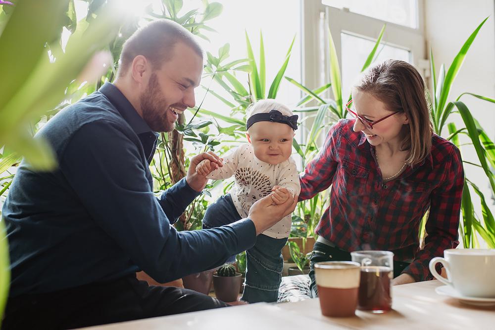 sesja rodzinna lifestyle kawiarnia Poznan TiAmoFoto 4 - Lifestylowa sesja rodzinna w kawiarni