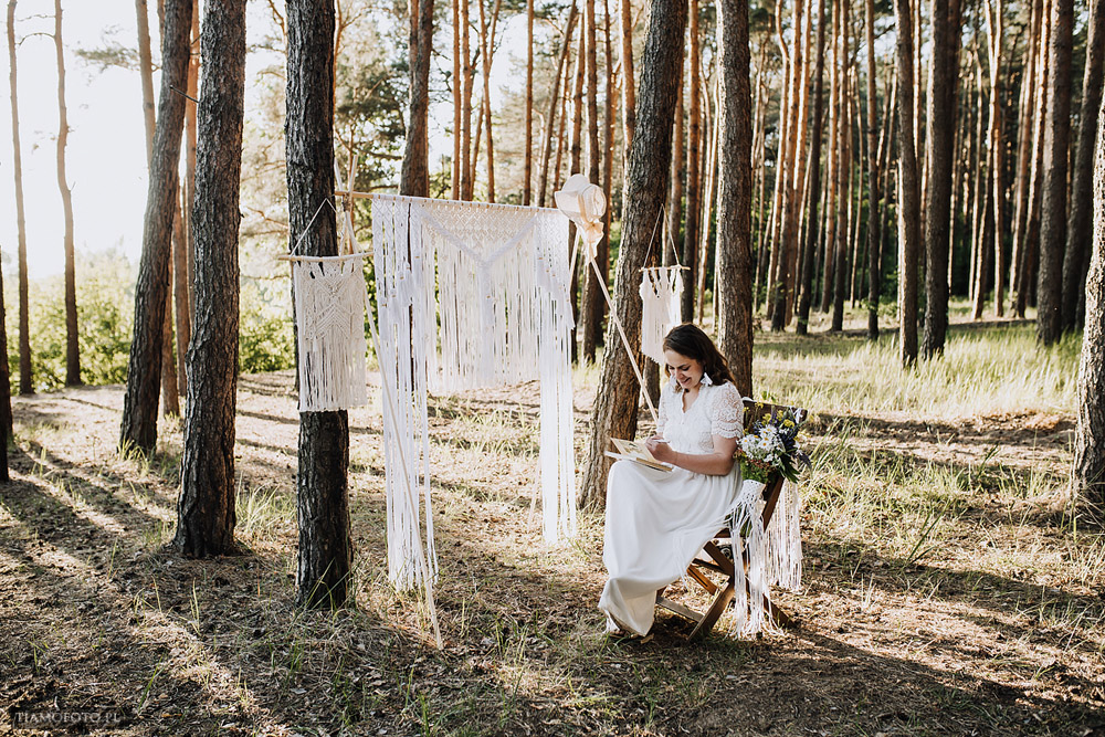 sesja slubna boho diy makrama fotograf Poznan TiAmoFoto 18 - DIY BOHO - sesja ślubna z makramą w tle