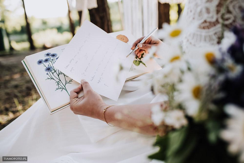 sesja slubna boho diy makrama fotograf Poznan TiAmoFoto 20 - DIY BOHO - sesja ślubna z makramą w tle