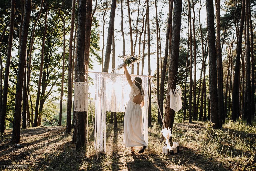 sesja slubna boho diy makrama fotograf Poznan TiAmoFoto 34 - DIY BOHO - sesja ślubna z makramą w tle