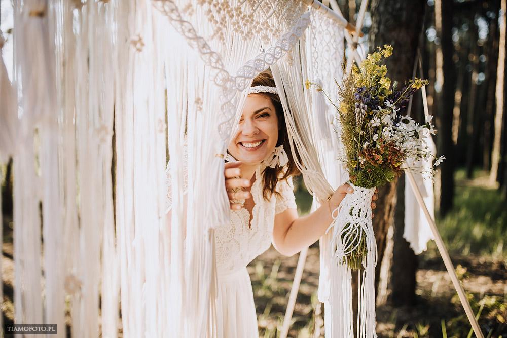 sesja slubna boho diy makrama fotograf Poznan TiAmoFoto 5 - DIY BOHO - sesja ślubna z makramą w tle