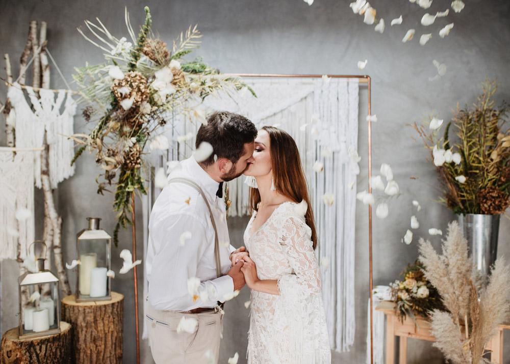 sesja slubna boho slub humanistyczny fotograf poznan TiAmoFoto 46 1 - Sesja ślubna w stylu boho