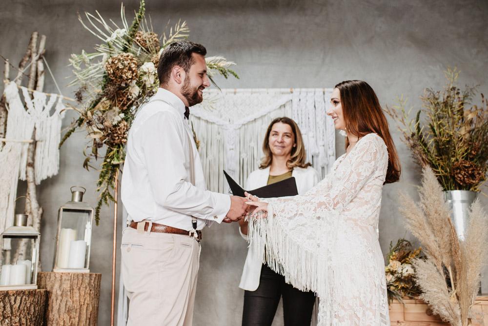 sesja slubna boho slub humanistyczny fotograf poznan TiAmoFoto 56 1 - Sesja ślubna w stylu boho
