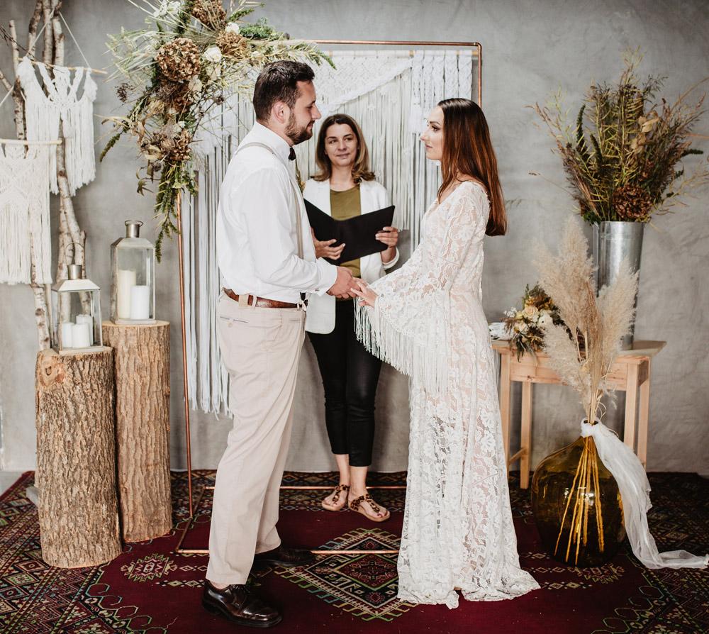 sesja slubna boho slub humanistyczny fotograf poznan TiAmoFoto 57 1 - Sesja ślubna w stylu boho