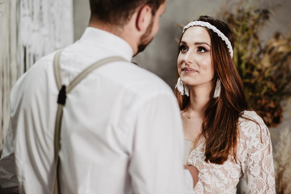 sesja slubna boho slub humanistyczny fotograf poznan TiAmoFoto 66 1 - Sesja ślubna w stylu boho