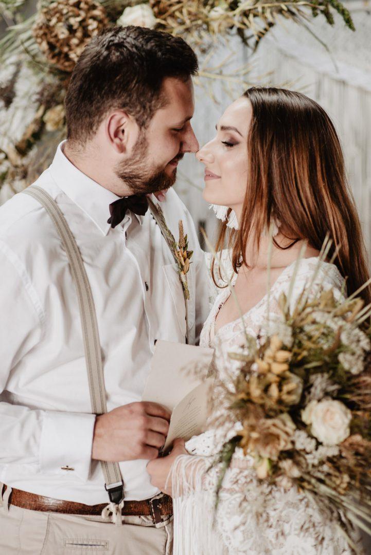 sesja slubna boho slub humanistyczny fotograf poznan TiAmoFoto 93 1 721x1080 - Sesja ślubna w stylu boho