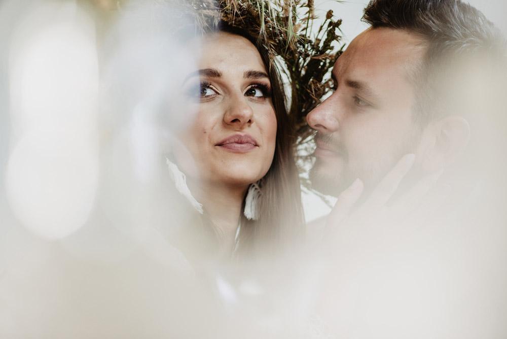 sesja slubna boho slub humanistyczny fotograf poznan TiAmoFoto 97 1 - Sesja ślubna w stylu boho