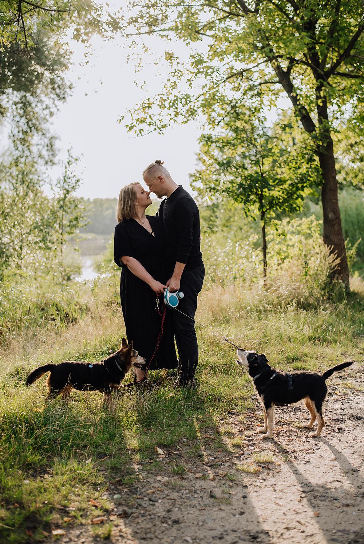 sesja rodzinna z psami nad jeziorem fotografPoznan TiAmoFoto 14 - Sesja rodzinna z Psami
