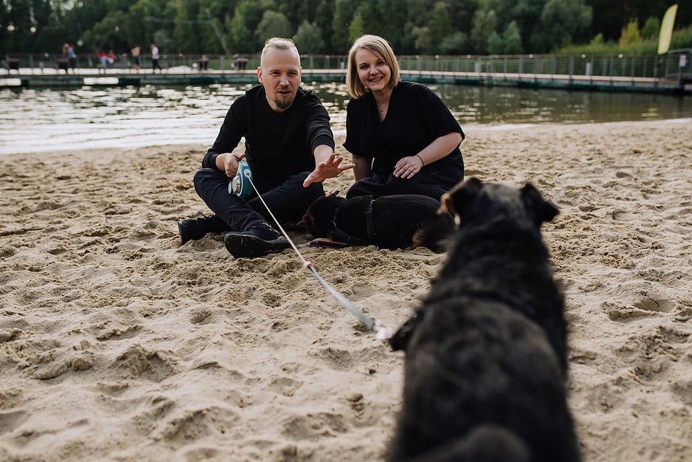 sesja rodzinna z psami nad jeziorem fotografPoznan TiAmoFoto 6 - Sesja rodzinna z Psami